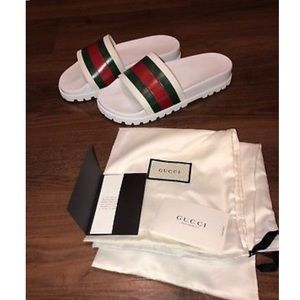 Other - Gucci slides size 11